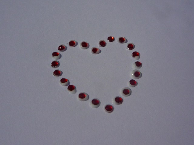 Flat-back gemstone heart