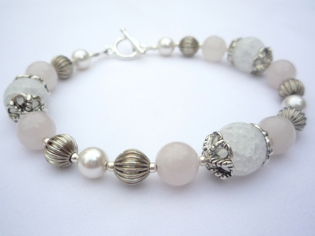 Simple handmade rose quartz and pearl silver bracelet