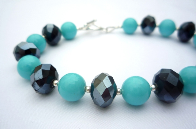 Turquoise and iridescent blue bracelet