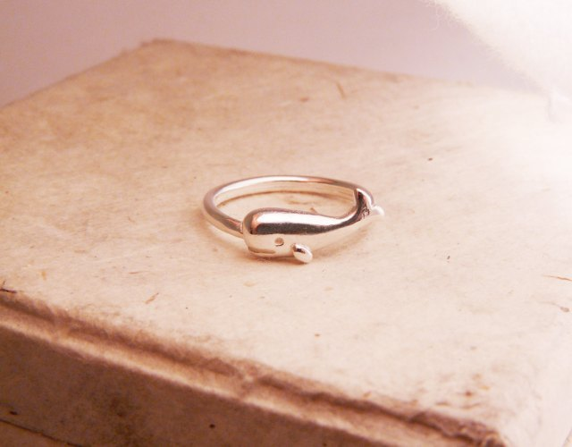 Whale Ring_BlueDotJewelry