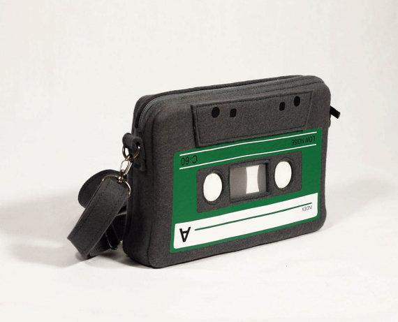 Compact cassette felt bag krukrustudio