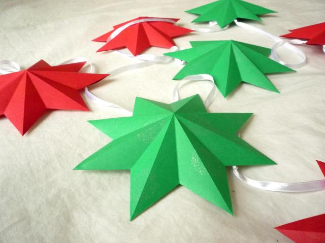 3D Christmas paper stars - Little Koo