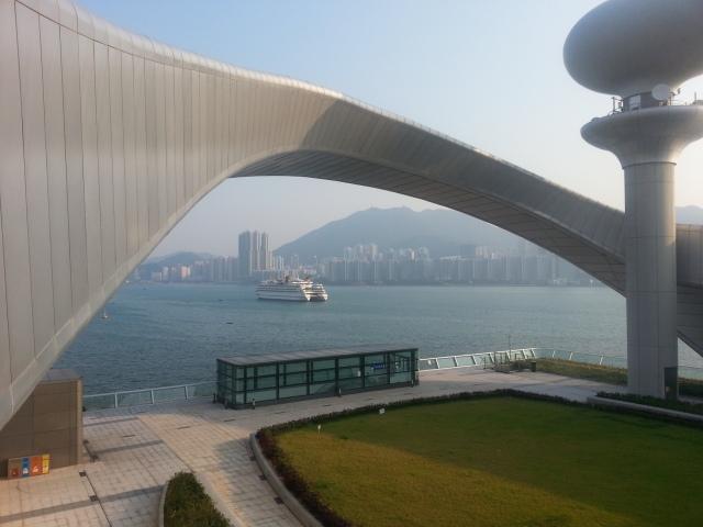 kai_tak_cruise_terminal_park_arch