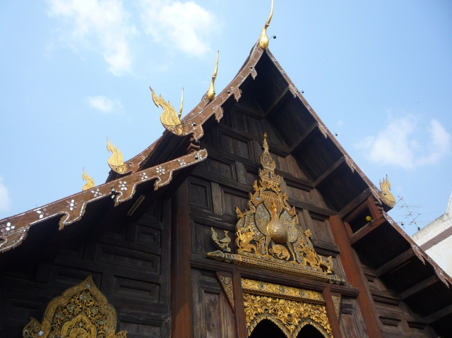 wooden_temple_chiang_mai