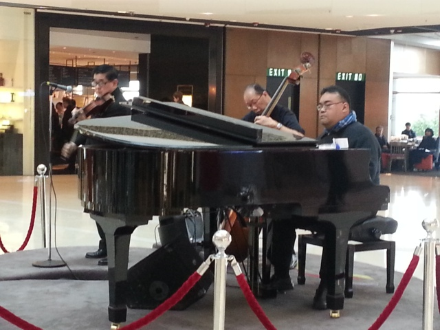 150825 Candid Hong Kong quartet