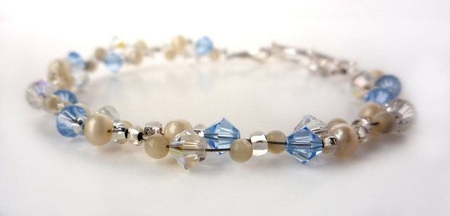 Blue crystal cluster bracelet