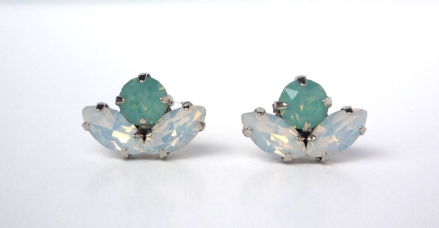 Handmade mint green crystal stud earrings