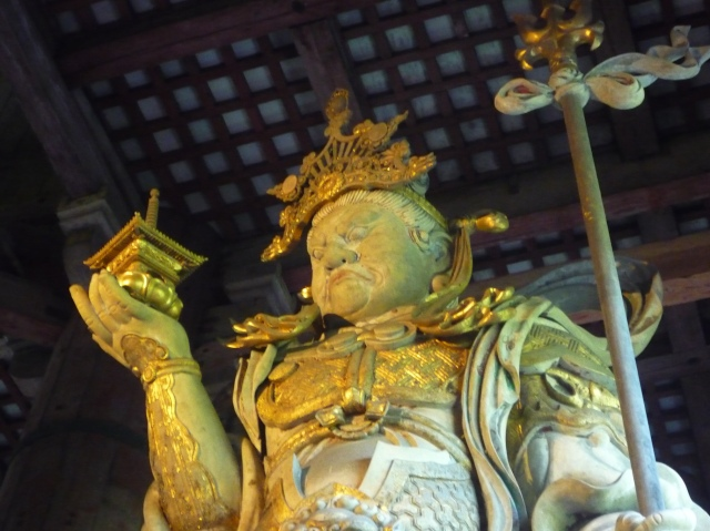 An imposing sight inside Todai-ji Nara - The Little Koo Blog