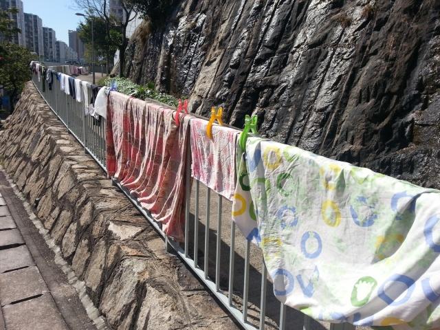 160503 Candid Hong Kong laundry on railings